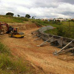 Serviço de drenagem e canalização